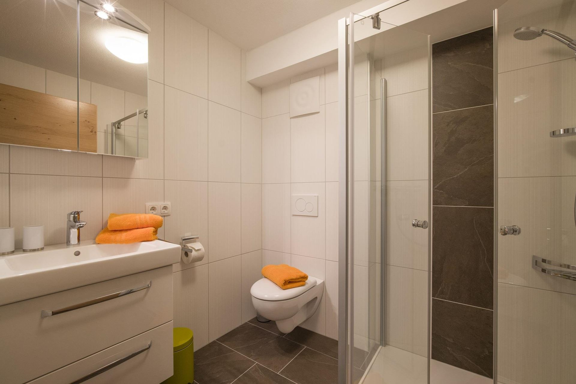 Appartement Gross  BAdezimmer1